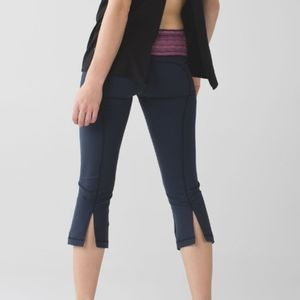 Lululemon Gather & Crow Crop II *Full-On L…